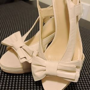 Sandales nine west cream leather